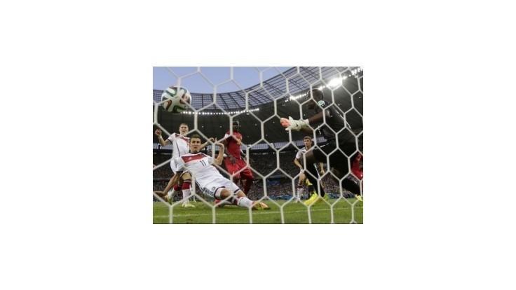 Nemecko remizovalo s Ghanou 2:2, Kloseho 15. gól na MS