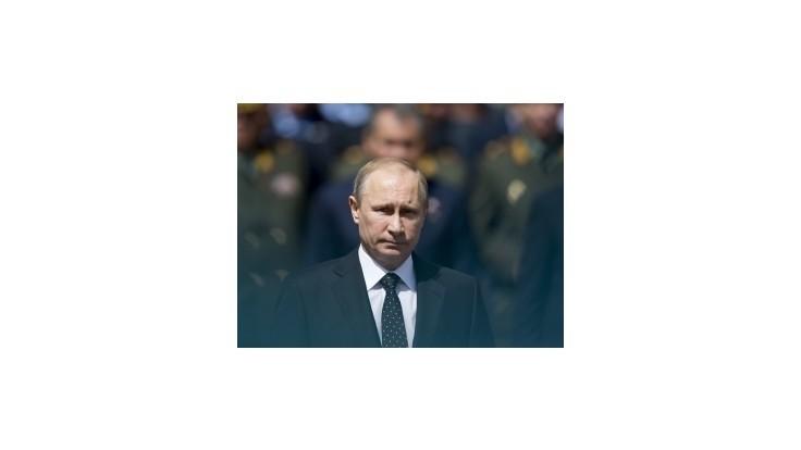Putin chce, aby mu zrušili právo použiť silu na Ukrajine