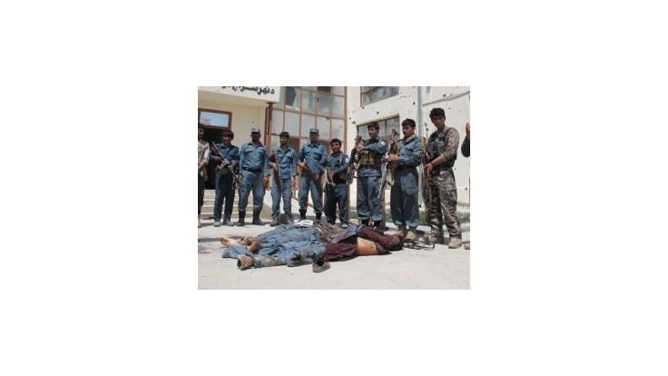 Boje v afganskej provincii Helmand si vyžiadali 160 obetí