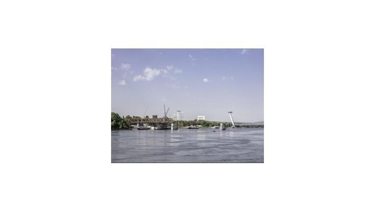 Možné bomby pod Dunajom majú zastaviť práce na Starom moste na týždne
