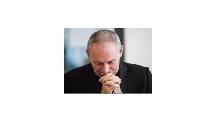 Veriaci si pred nunciatúrou pripomenuli dva roky od odvolania Bezáka