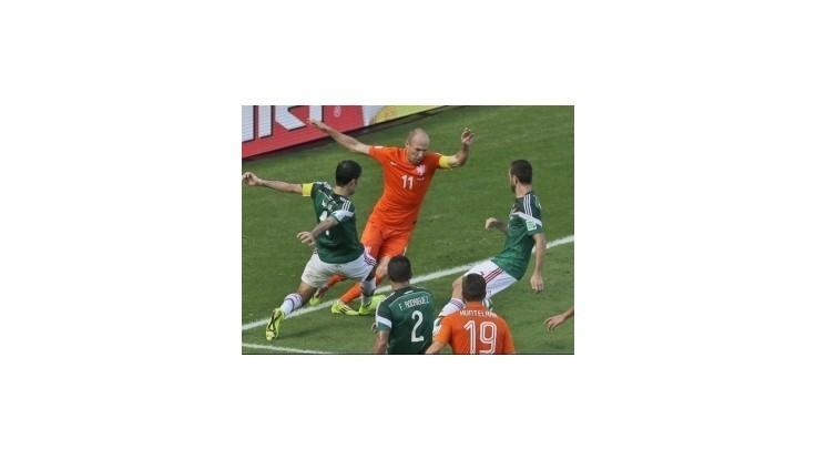 Pozor na Robbenovo simulovanie, hovorí tréner Kostariky