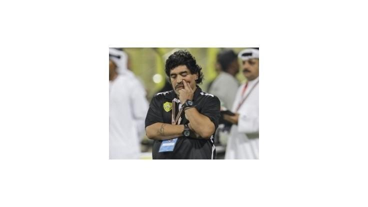 Maradona motivuje Messiho rozvinutím červeného koberca