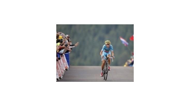 Nibali po triumfe v 10. etape opäť v žltom, Velits na 37. mieste