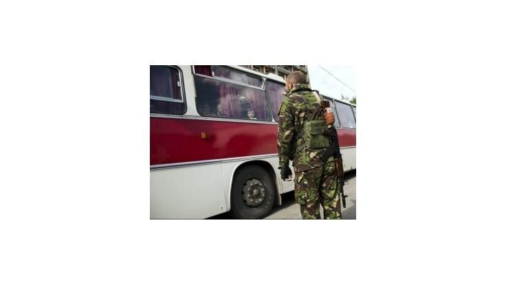 V Donecku zaviedli stanné právo a zákaz vychádzania