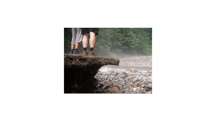 Masívne zosuvy vo Vrátnej začali skúmať štátni geológovia