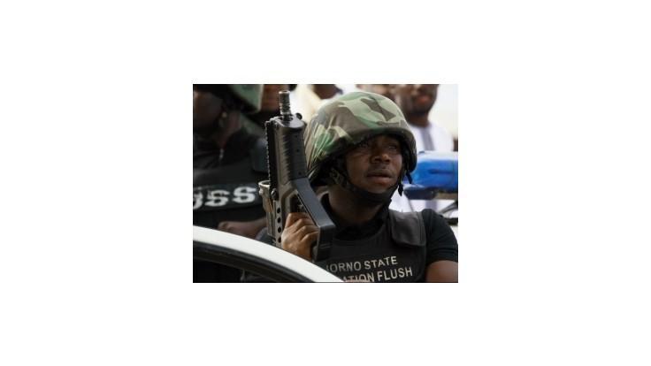 Nigérijskí vojaci zachránili dievčatko s pripevnenými výbušninami