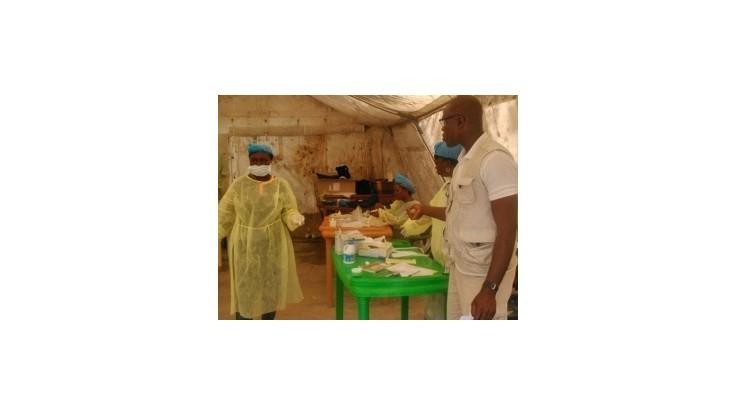 Prezident Sierra Leone vyhlásil pre ebolu stav verejného ohrozenia