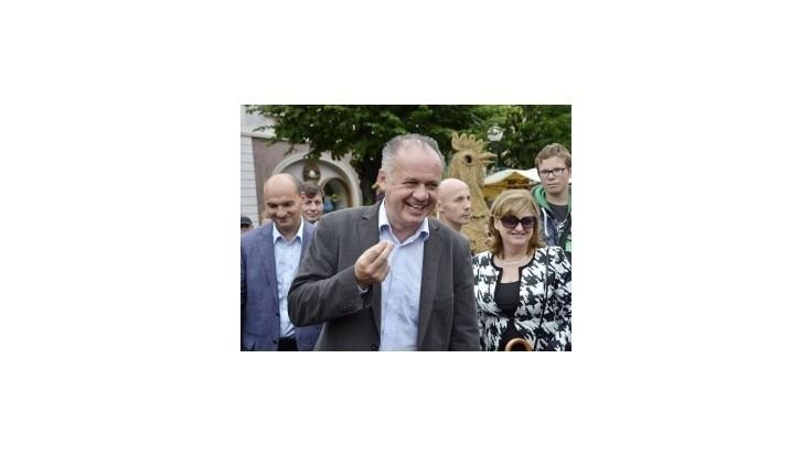 Kiska si vybavil prezidentskú platobnú kartu, Gašparovič ju nemal
