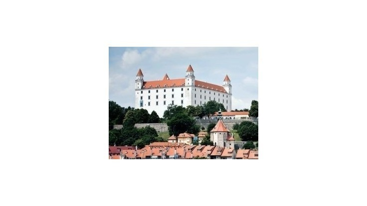 Do Bratislavského hradu udrel v nedeľu blesk sedemkrát, spôsobil škody