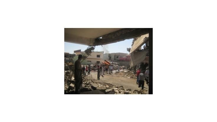 NYT: Obama zvažuje nálety a leteckú pomoc pre ohrozených Iračanov