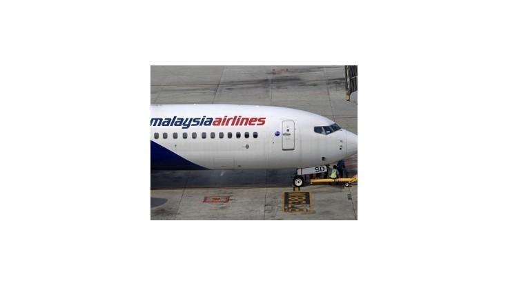 Malajzia stiahne leteckého prepravcu z burzy