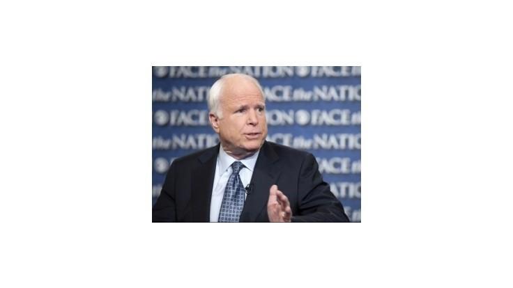 Obama nepochopil situáciu v Iraku, vraví McCain
