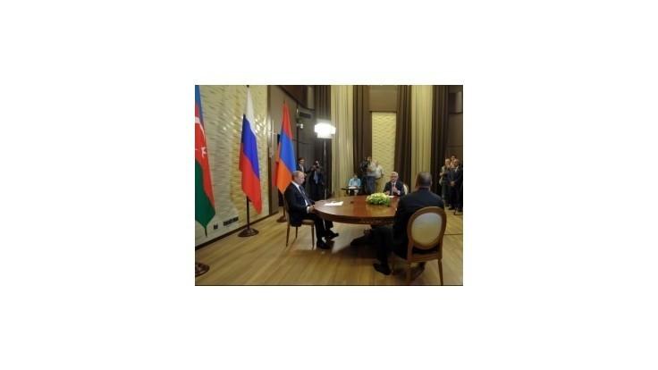 Putin vyzval na mierové riešenie otázky Náhorného Karabachu