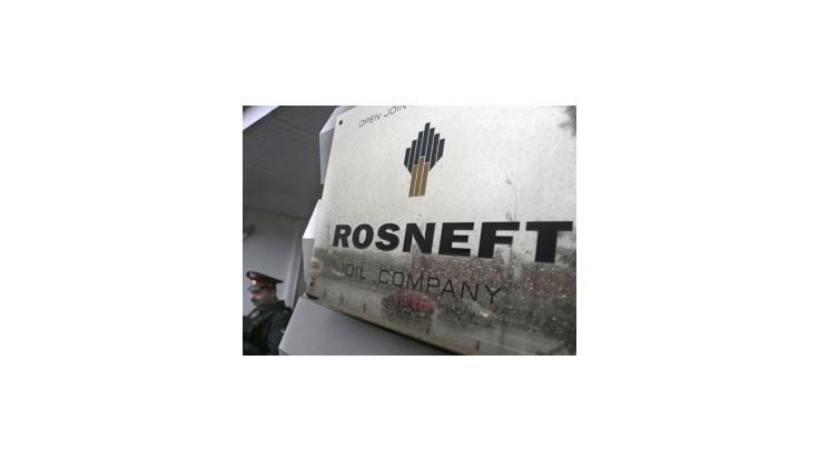 Rosnefť pre sankcie požiadal vládu o finančnú pomoc