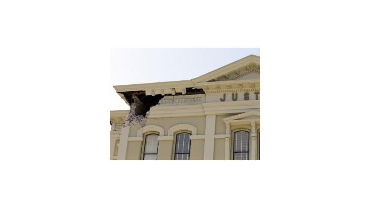 Silné zemetrasenie si v Kalifornii vyžiadalo najmenej 120 zranených