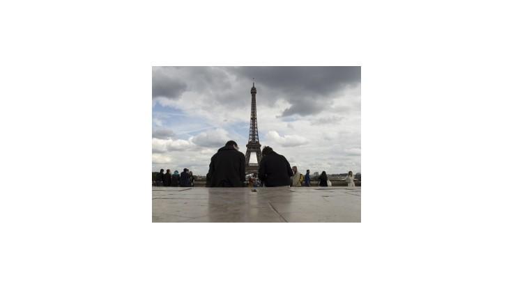 Paríž zvažuje výnimky z 35-hodinového pracovného týždňa