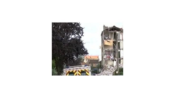 V troskách bytového domu v Paríži našli siedmu obeť, dvaja ľudia sú nezvestní