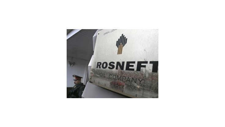Rosnefť znižuje počet zamestnancov a predáva majetok