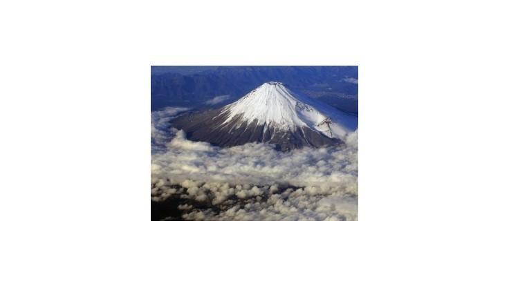 Japonská hora Fudži sa topí v ľudských výkaloch