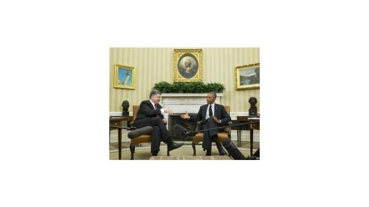 Ukrajinský prezident u Obamu so žiadosťou o zbrane neuspel