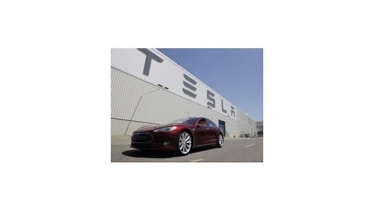 Slovensko rokuje s americkou automobilkou Tesla Motors o novom závode