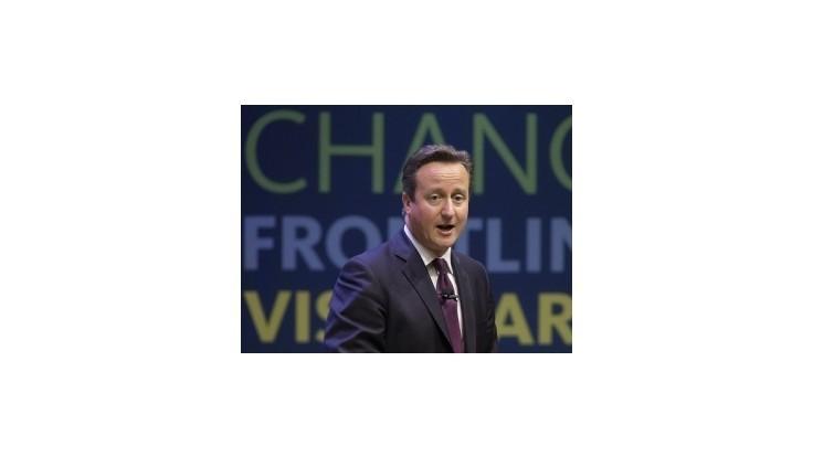 Cameron sa ospravedlní kráľovnej za výrok ohľadne škótskeho referenda
