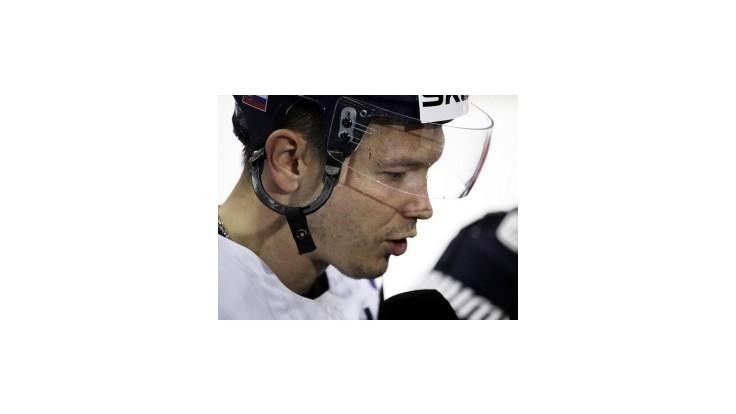 Nagy sa zatiaľ do NHL nechystá