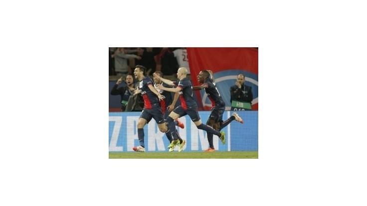 Paríž pripravil Barcelone prvú prehru v sezóne