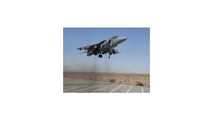 Kanada do Iraku vyšle letectvo, no nie pozemné sily
