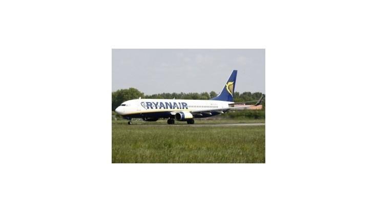 Na dublinskom letisku o seba krídlami zavadili dve lietadlá Ryanairu