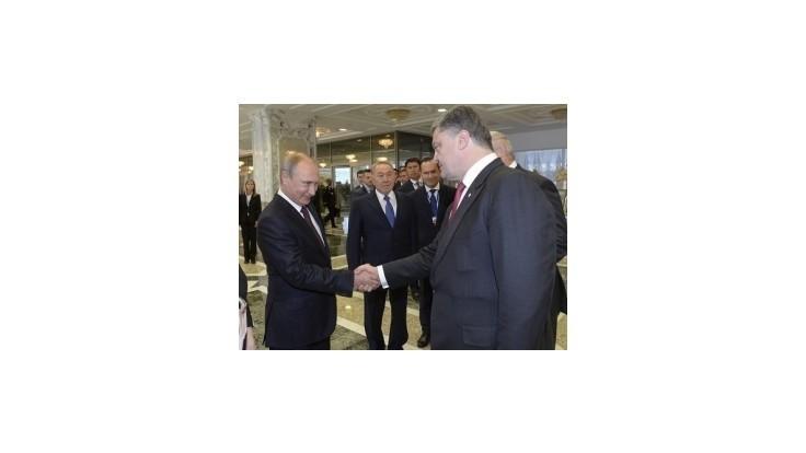 Putin by sa mal stretnúť s Porošenkom v Miláne
