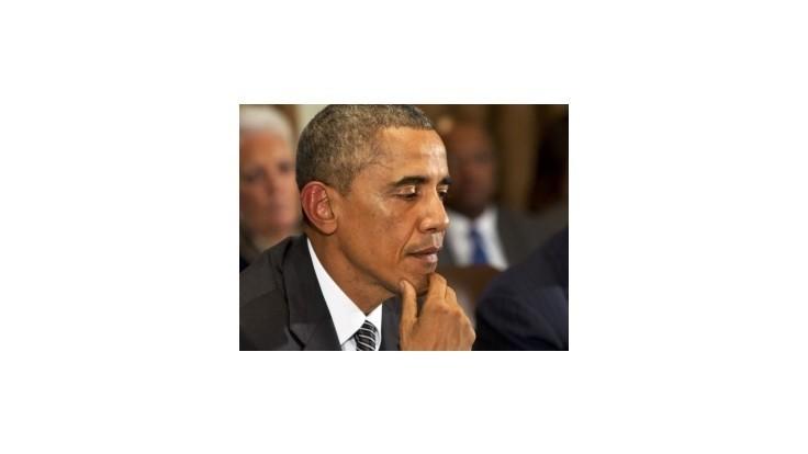 Obama sa snaží upokojovať Američanov vystrašených ebolou