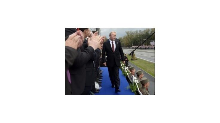 Putin narušil Rompuyov prípitok, s Merkelovou sa nezhodol