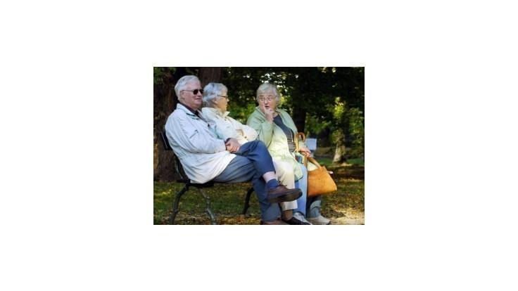 Priemerný starobný dôchodok sa blíži k 400 eurám