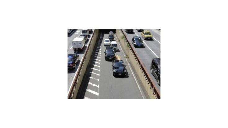 Peniaze na dopravné projekty podľa ministerstva neprepadnú