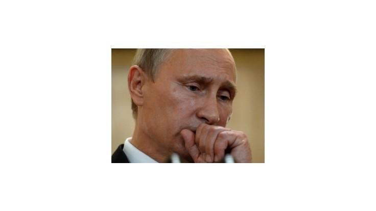 Putin kritizoval USA a priznal pomoc Janukovyčovi