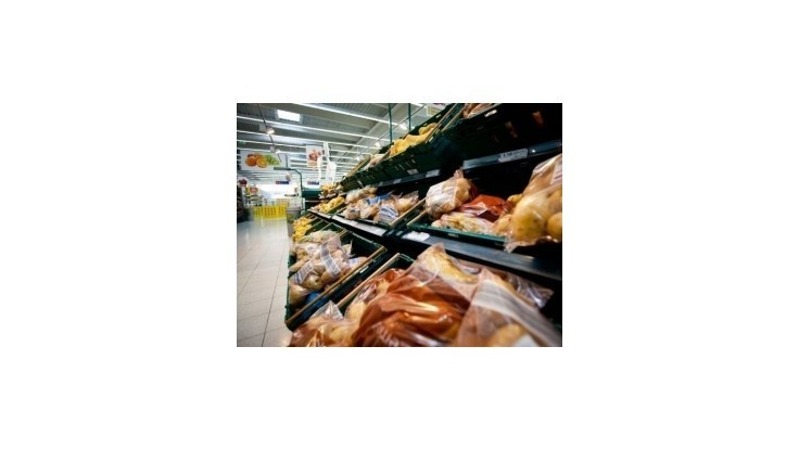 Inšpekcia si posvietila na kvalitu potravín, opäť najhoršie obstáli hyper a supermarkety
