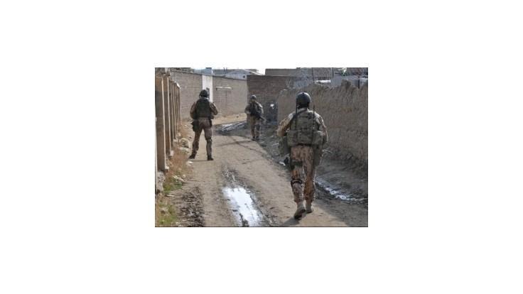 Českí vojaci zostanú v Afganistane ešte najmenej dva roky