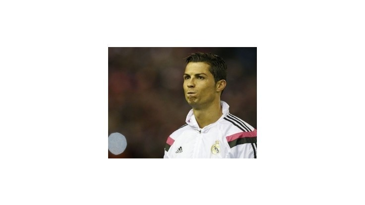 Cristiano Ronaldo bude mať na Madeire trojmetrovú sochu
