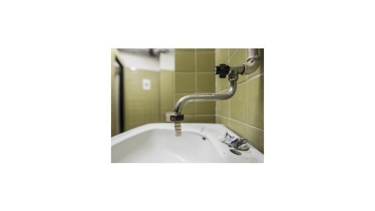 Viac ako 30.000 domácností bolo v Prahe bez pitnej vody