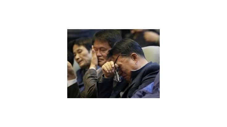 Kórejci rozpustili pobrežnú stráž, zlyhala pri havárii trajektu Sewol