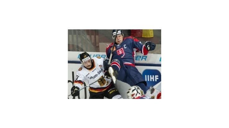 Slovenskí hokejisti podľahli na Nemeckom pohári 2014 domácemu výberu 1:2