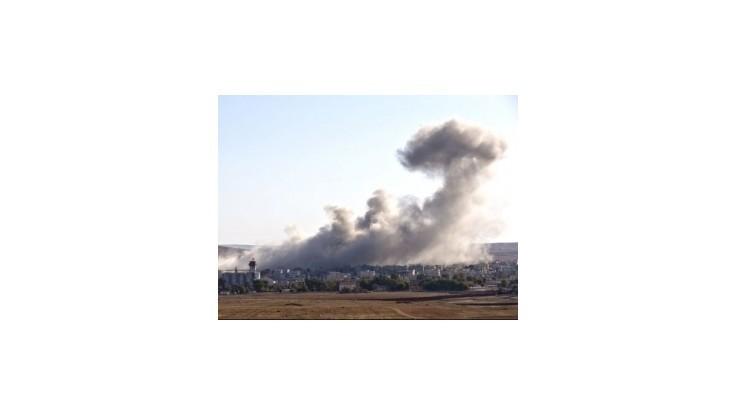 Nočné nálety sýrskej vládnej armády zabili najmenej 21 ľudí