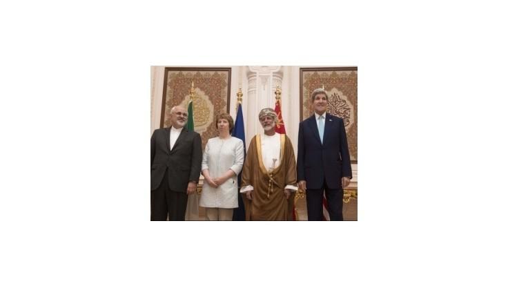 Diplomati Iránu, USA a EÚ rokujú o iránskom jadrovom programe