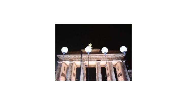 EÚ: Nemecko malo právo nevyplatiť Rumunke sociálne dávky