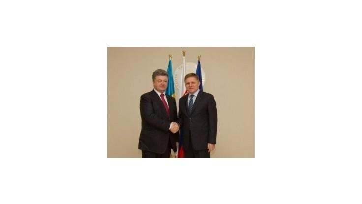 Fico sa v Bratislave stretol s Porošenkom: Ukrajina oceňuje reverzný tok plynu