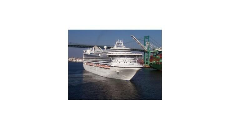 Na výletnej lodi sa nakazilo norovírusom 172 ľudí