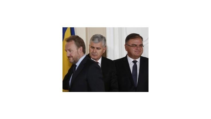 V Bosne sa ujalo funkcie nové trojčlenné predsedníctvo krajiny