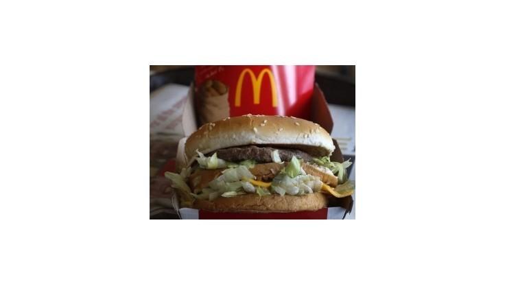 McDonald's po troch mesiacoch znova otvára reštauráciu v Moskve